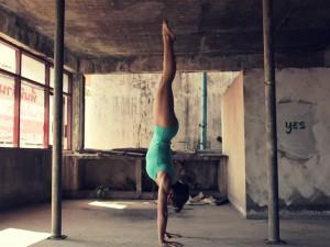Comment améliorer un handstand en seulement 2 exercices !